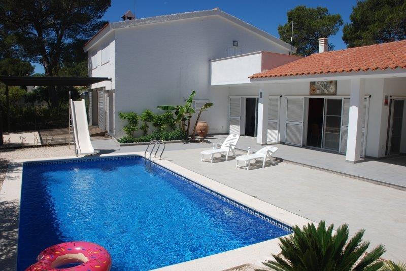 Villa Oliveres